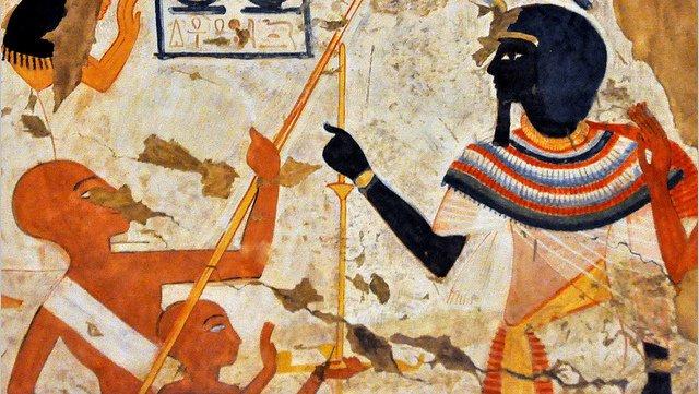 A quem assemelhavam-se os antigos egípcios ?
